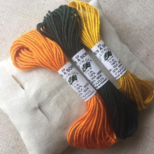 Machine sewn muslin sachet with Mexican marigold flower petals