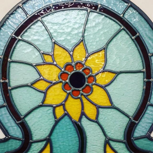 Sunflower stained glass window from Gekleurd Glas in Groningen, Nederland
