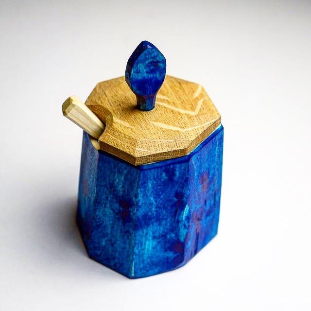 greenwoodworking carved sugar shrink pot